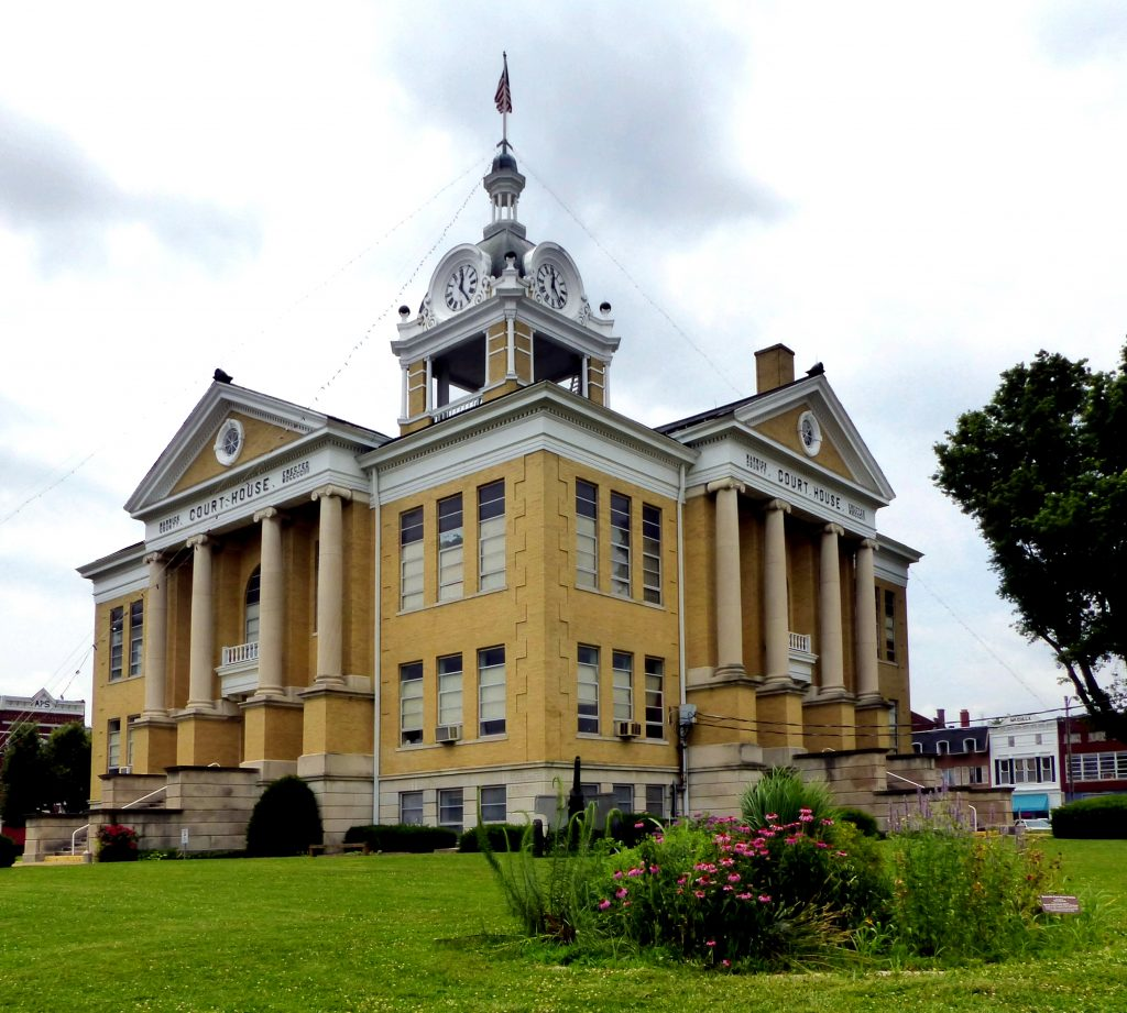 Warrick County Courthouse in Boonville, IN